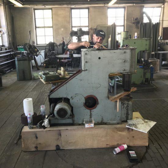 ASG-Gramberger, Schlosserei, Eberschwang, Ried im Innkreis, Metalltechnik, Oberösterreich, Maschinenreparatur,